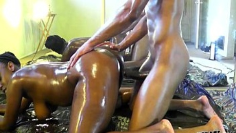 OILED BLACK ASS HARD FUCKED BY A DICK !!